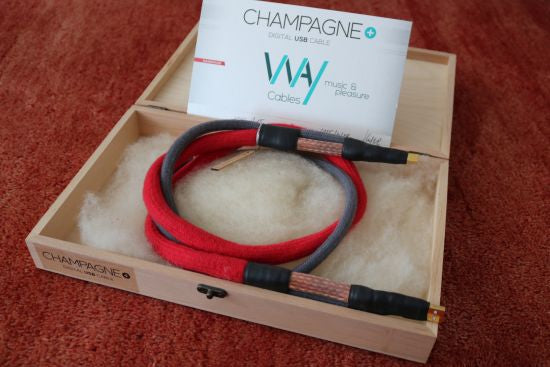 Review: WAY Cable Champagne Plus USB Cable
