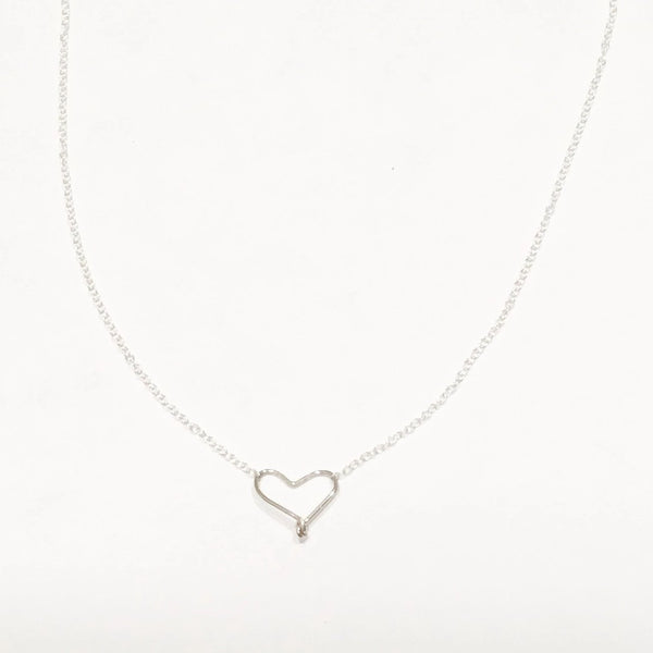 Small silver wire heart necklace