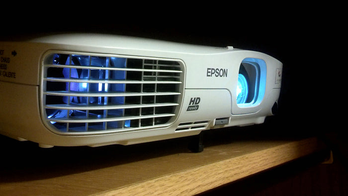 What's The Difference Between Standard, Short Throw and Ultra Short Throw Projectors?