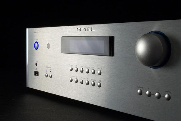 RCA Pre-Output and Dual Subwoofer Outputs Provide the Ultimate Flexibility in Installation