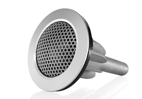 Ultra-clear Carbon Dome™ tweeter