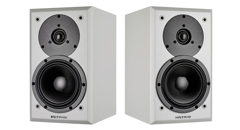 Compact bookshelf speaker with amazing bass output