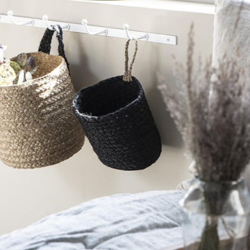BLACK BASKET WITH NATURAL STRAP