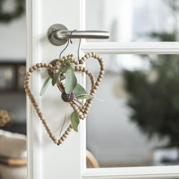 HANGING WIRE HEART WITH WOODEN BEADS