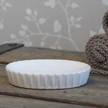WHITE PORCELAIN SOAP DISH