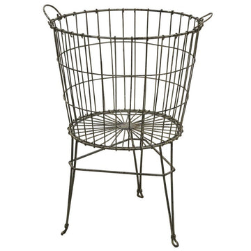 WIRE BASKET ON STAND