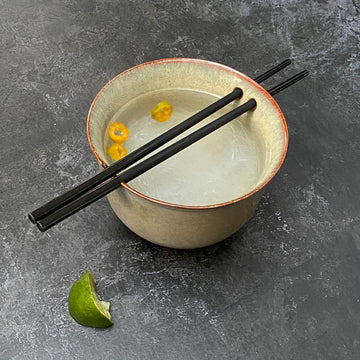 DAKAYA NOODLE BOWL WITH CHOPSTICKS