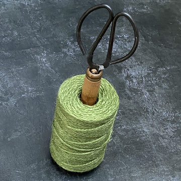 RECYCLED LANCASHIRE MILL BOBBIN TWINE HOLDER WITH SCISSORS | CHOICE OF COLOURS