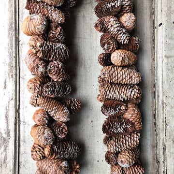 CLOSED PINECONE GARLAND