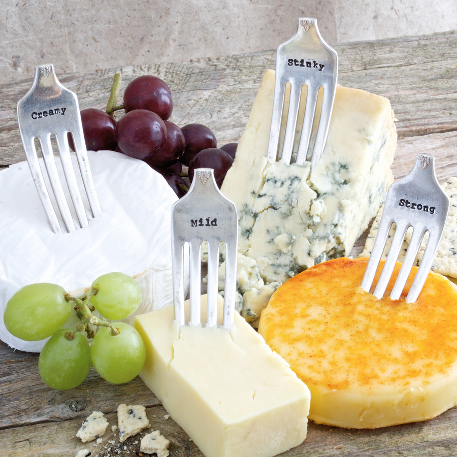 4 VINTAGE CHEESE MARKERS | STRONG | MILD | STINKY | CREAMY