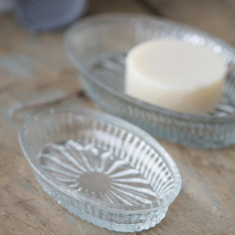GLASS OVAL SOAP DISH