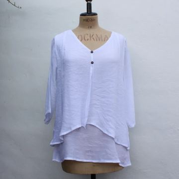 BAMBOO TWO BUTTON SPLIT FRONT TOP