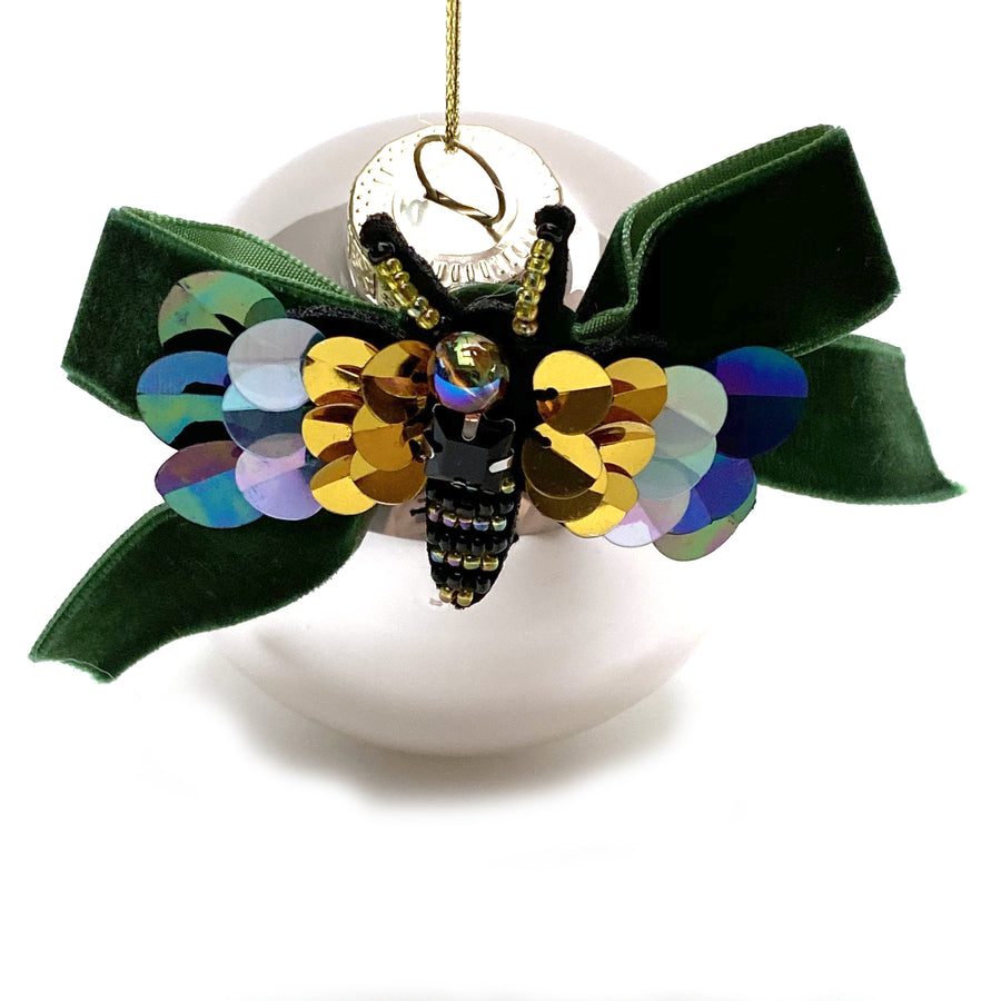 GLASS BAUBLE WITH BEADED BEE
