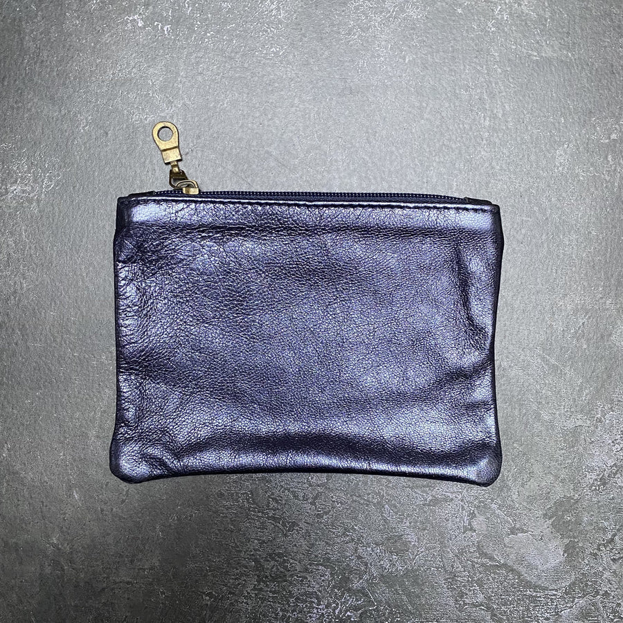 HANDCRAFTED FLAT LEATHER POUCH | MEDIUM