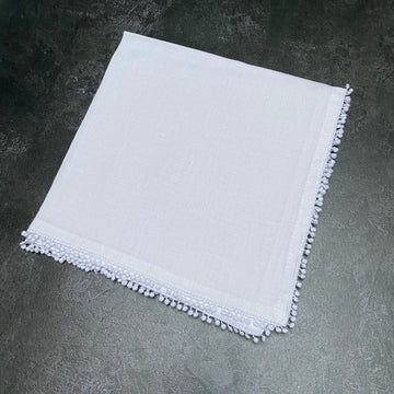 WHITE LINEN NAPKIN WITH DECORATIVE EDGE