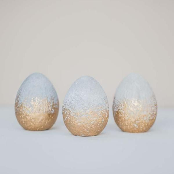 CONCRETE EGG WITH GOLD FINISH