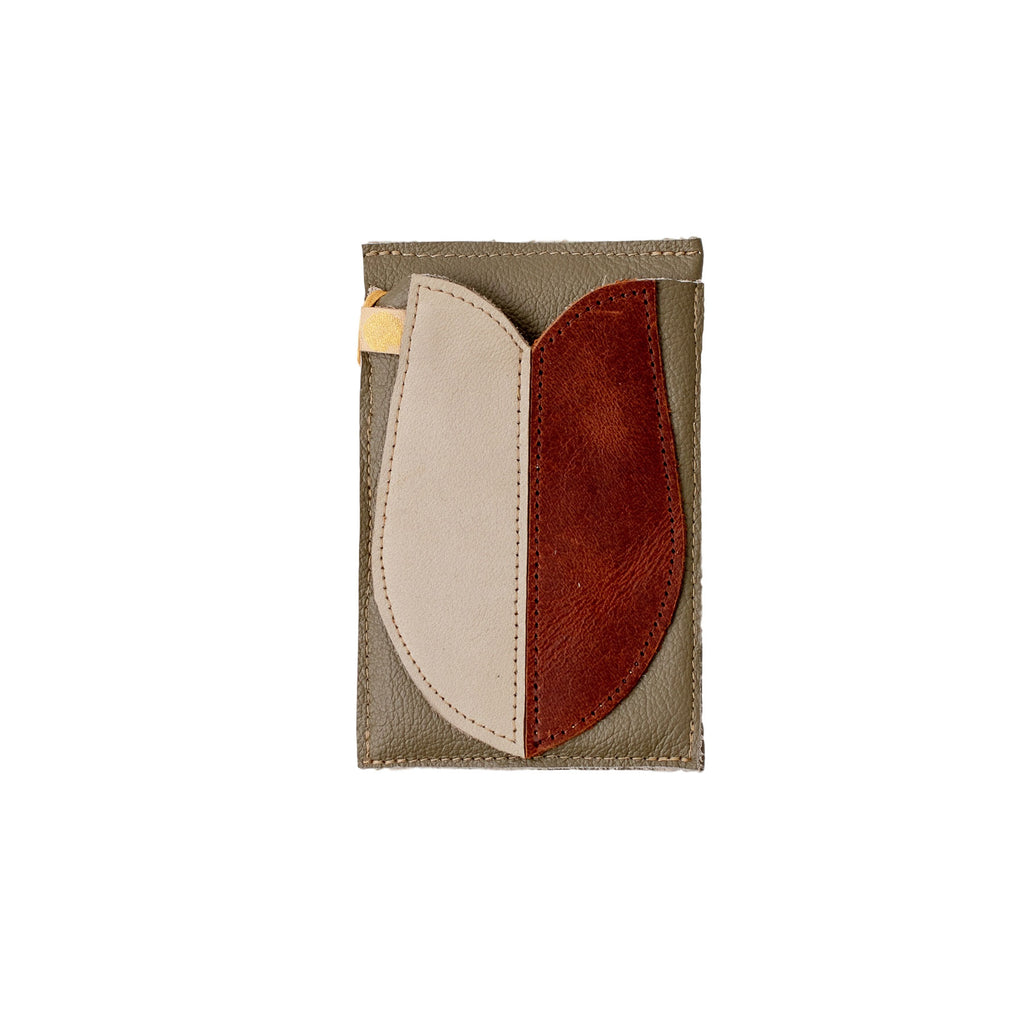 Salty Sugar - Fishy Card Holder - Olive/Creme/Brown