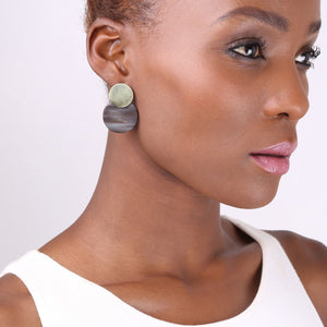 Contrast Coin Studs Earrings Soko