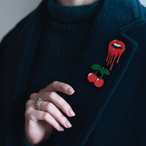 Lips Pin Brooch Yes Please!