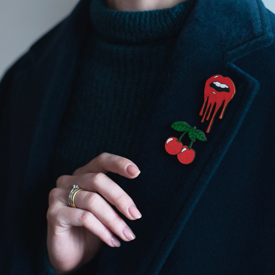 Lips Pin Brooch Yes Please! Red