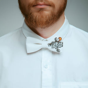 Smokin' Giraffe Bow Tie Bow Tie Chin Up