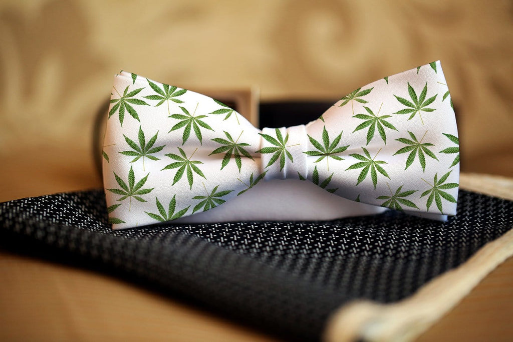 Cannibis Bow Tie - Potter's Printing