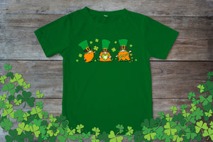 Graphic TEE St. Patrick's Day Gnomes - Potter's Printing
