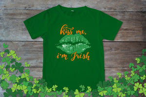 Graphic TEE St. Patrick's Day Kiss Me Im Irish - Potter's Printing