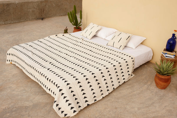Arrow Print Bogolan Mudcloth Blanket White