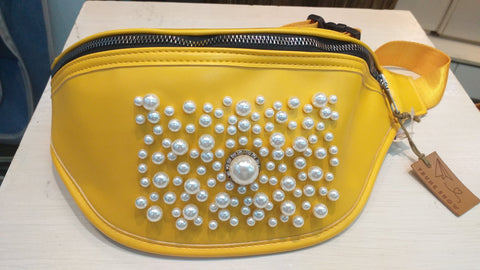Pearl Messenger Bag