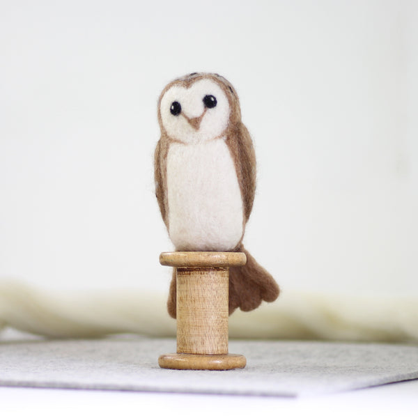 Barn Owl made with felting kit by Hawthorn Handmade - Peach Perfect