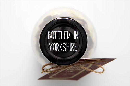 Marvellous Cookies & Cream muffin bottle lid showing Bottled in Yorkshire  - Peach Perfect