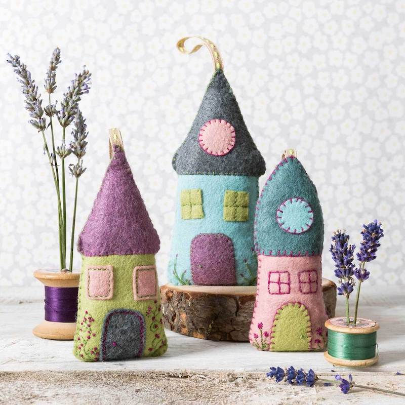 Corinne Lapierre Felt Lavender Houses Craft Kit. - Peach Perfect