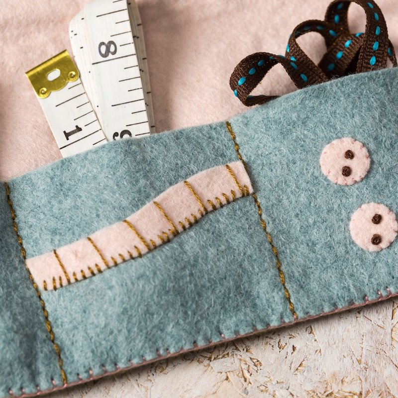 Felt sewing roll craft kit by Corinne Lapierre  - inside detail - Peach Perfect