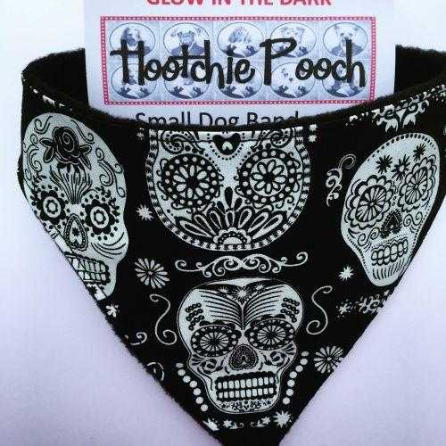 Dog bandana - glow in the dark skulls - Peach Perfect