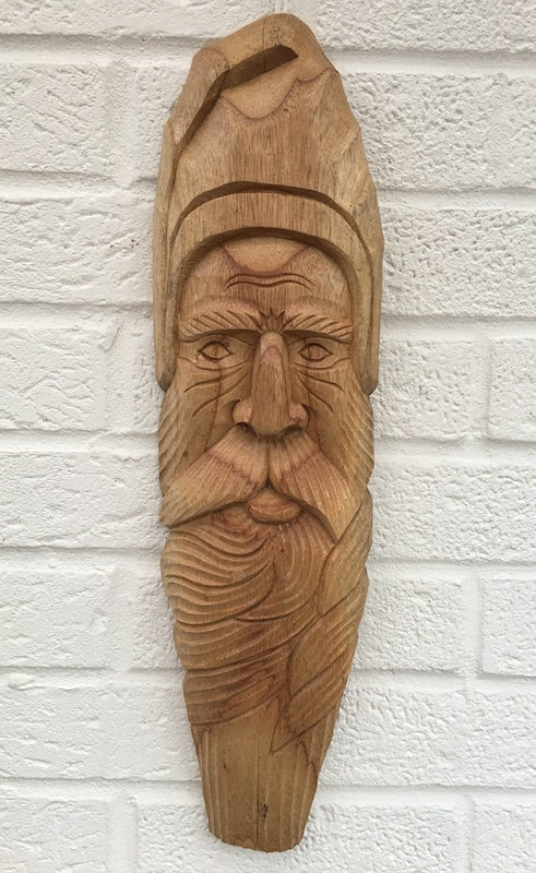 Green man wooden hanging wall ornament - Peach Perfect