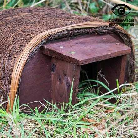Hedgehog haus by Wildlife world - Peach Perfect