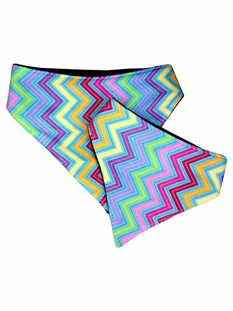 Dog bandana - zig zag - Peach Perfect