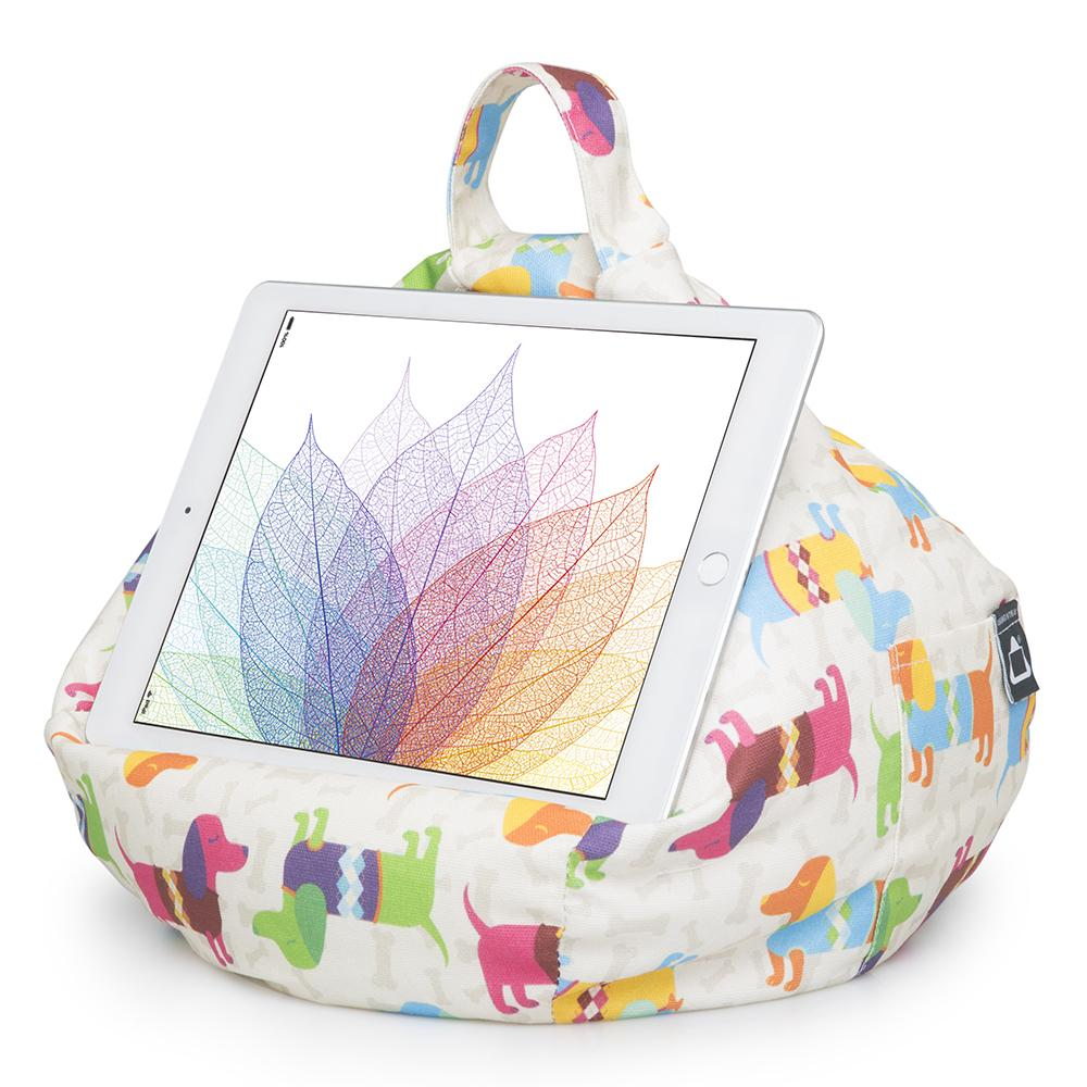 iBeani iPad cushion - hound dog- Peach Perfect