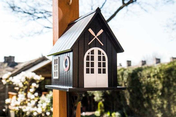 Windermere Boat House nesting box | Peach Perfect