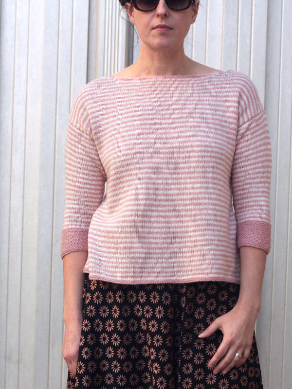 The Cameron Sweater Tee in Summer Silk DK in the colors Orchard 4025 and Surf  4001.