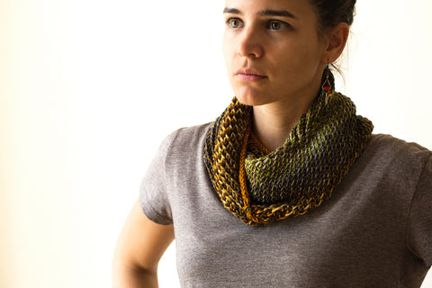 Urth Yarns' Bella Cowl knit with Uneek Worsted.