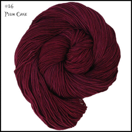 Wonderland Yarns - Cheshire Cat Plum Cake 16 - 9