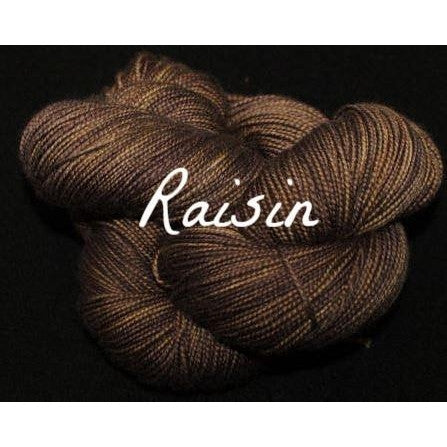 Paradise Fibers Yarn Done Roving Frolicking Feet Sock Yarn Rasin - 14