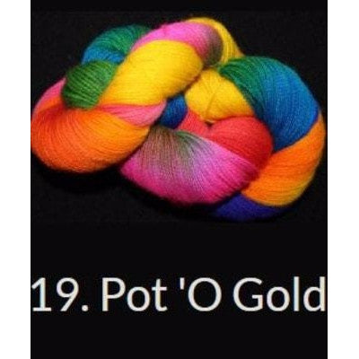 Done Roving DK Frolicking Feet Yarn Pot 'O Gold 19 - 2