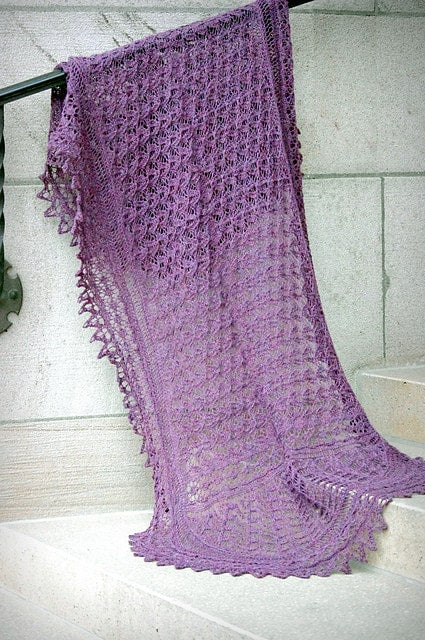 Little NutMeg Deepening Twilight Shawl Pattern  - 1