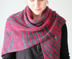 Itineris Shawl Pattern by The Yarniad  - 3