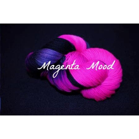 Paradise Fibers Yarn Done Roving Frolicking Feet Sock Yarn Magenta Mood - 16
