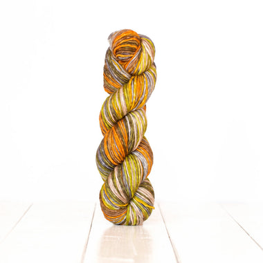 UrthYarns Uneek Worsted - 4001
