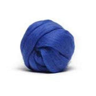Louet Dyed Corriedale Top (1/2 lb bags) Bright Blue - 10